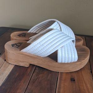 ROXY wedge sandal white 8